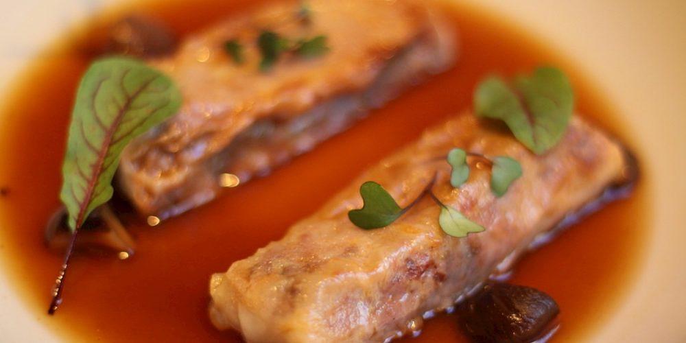 Kimtxu plato canelones rabo toro